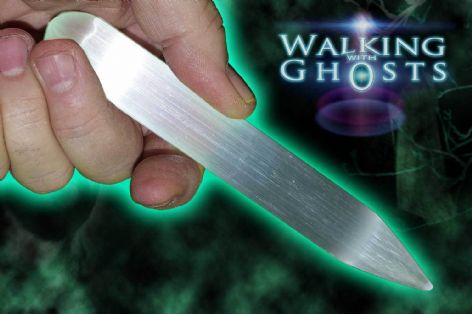Polished Magical Selenite Wand Crystal Healing Clensing Wiccan Meditation 16cm